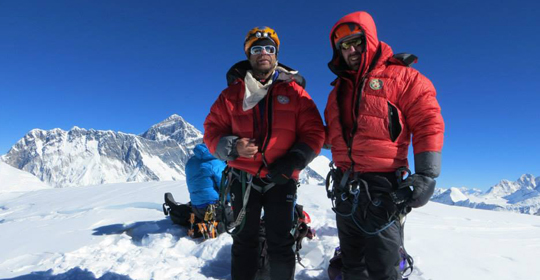 Mt.Ama Dablam Expedition full board with  Island peak 37 Day.