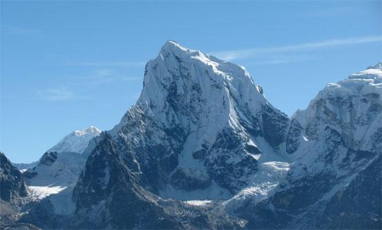 Mt.Cholatse Peak Climbing 28 Day.