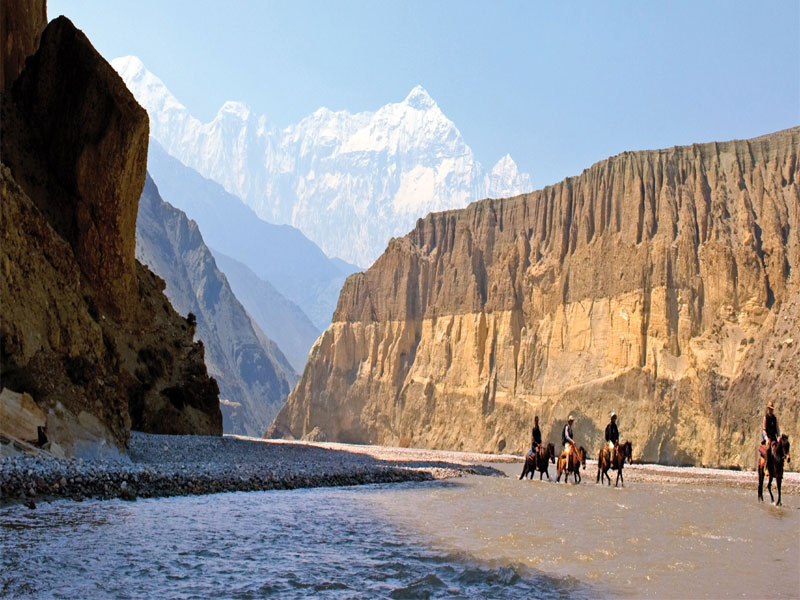 Lower & Upper Mustang Trek.