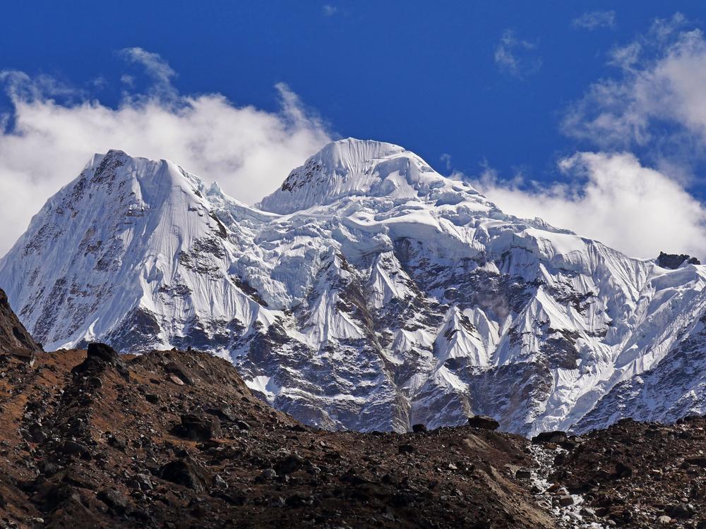 Un climbed Peaks of Nepal